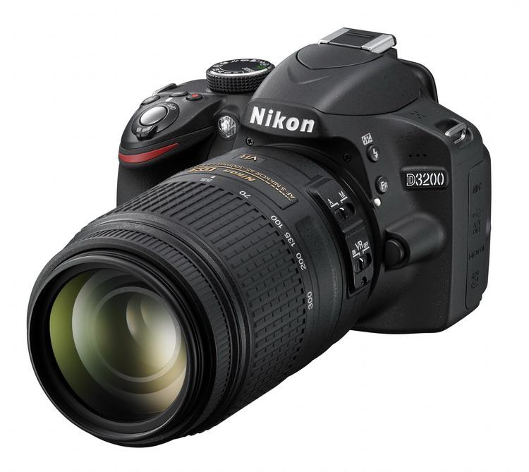 NIKON D3200 Black + 18-55 VR II AF-S DX / 55-300 VR AF-S