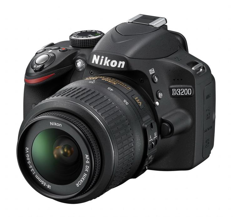 NIKON D3200 Black + 18-55 VR II AF-S DX