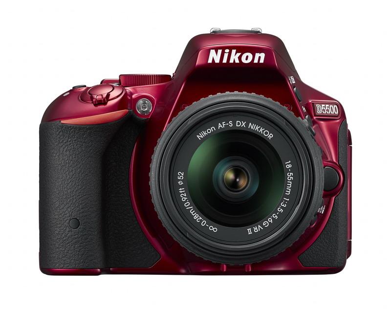 NIKON D5500 Red + 18-55 VR II